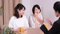 女性 商談 母親の動画 25840860