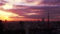 東京時間流逝東京鐵塔和整個市中心日落日落太陽,日落曝光固定麵包 26192287