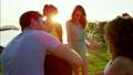 ビーチ 浜辺 ピクニックの動画 26898369