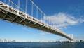5K 東京タイムラプス レインボーブリッジ 東京湾の青い海と爽やかな青空に流れる雲 fix 26978138