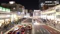 도쿄 황혼 붐비는 신주쿠 역 버스 터미널 시간 경과 축소 27430062