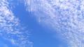 うろこ雲 秋の空 タイムラプス 27521782