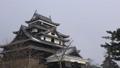 雪の日の松江城 27565529