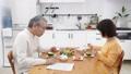 老年夫妇一餐 27600036