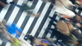 東京タイムラプス 汎用 大都会東京の交差点を行き交う群衆 トリッキーな回転ズームアウト 27785215