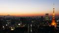 東京風景時間流逝東京塔和富士山魔術小時縮小大城市的都市風景 27893421