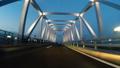 【スローモーション車載映像】日没直後にライトアップされる東京ゲートブリッジを走行する風景のバリエーシ 28180058
