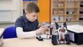 ロボット 学童 生徒の動画 29712716