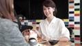 人物 女性 カフェの動画 30050960