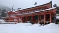 1月 雪の阿弥陀堂と多宝塔 比叡山延暦寺の東塔 30114741