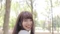女性 笑顔 デートの動画 30302138