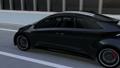 幹線道路に走っているレーシングストライプの入った黒いスポーツカー 30488216