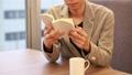 책을 읽는 남자 독서 31027817