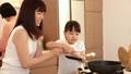 人物 親子 キッチンの動画 31103476
