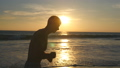 ビーチ 浜辺 運動の動画 31840934