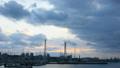 宜野湾マリーナの上空を覆う流れるような雲 31945964