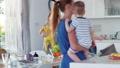 ベビー 赤ちゃん 赤ん坊の動画 32083083