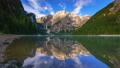 高山的 阿尔卑斯山脉 湖泊 32145504