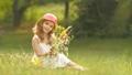 子 子供 笑顔の動画 32382442