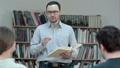 先生 教師 教室の動画 32482162