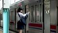 通学 駅 女の子の動画 33092586