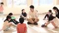 ハンカチ落とし 遊ぶ 小学生の動画 33184684