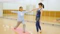 健身房瑜伽活跃高级锻炼图像 33516272