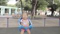 ブランコ、幼児、公園 33790133