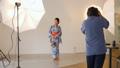 スタジオ撮影 カメラマン スタジオの動画 33910436
