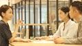 ビジネス 女性 人物の動画 33958150