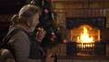 クリスマス 暖炉 いろりの動画 34348325