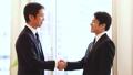 ビジネスマン 握手 34452547