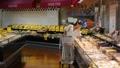スーパー 買い物 主婦の動画 34496771