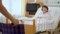 병실 휠체어 간호사 환자 간호 의료 이미지 34595147