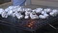焼き芋を焼く 34704153