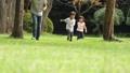 公園 休日 屋外の動画 34867925