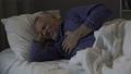 痛い 年寄り 年配の動画 34918379