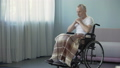年配 身体障害者 老人の動画 34918739