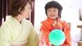 아이 사진 치고 산 모녀와 여성 사진 촬영 풍경을 촬영 34951017