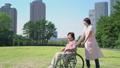 介護 ヘルパー 女性の動画 34970971