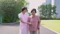 介護 ヘルパー 介護士の動画 34971743