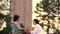 介護 介護士 人物の動画 34973348