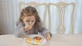 อาหารเช้า,สาว,หญิงสาว 35296378