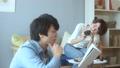 カップル 夫婦 ライフスタイルの動画 35317190