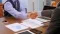 握手 ビジネスマン ビジネスの動画 35420214
