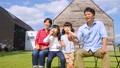 家族 親子 シャボン玉の動画 35441748