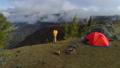 人 テント テント設営の動画 35571753