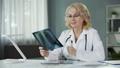 analysing, doctor, elderly 35793965