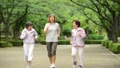 ジョギング シニア 女性の動画 36019663