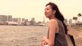 海を眺める女性(横顔) 36163692